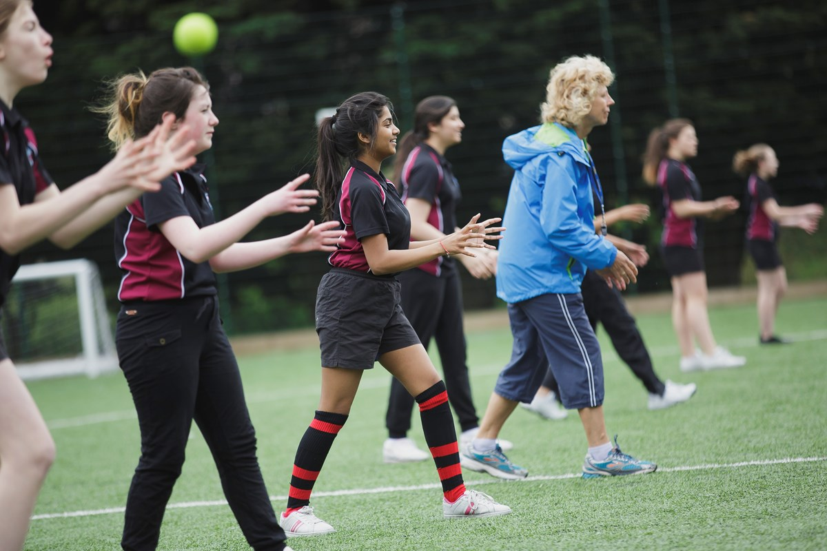 Supporting young girls in sport: are we falling at the first hurdle?