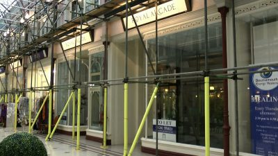 A empty shop to let in the Boscombe Royal Arcade