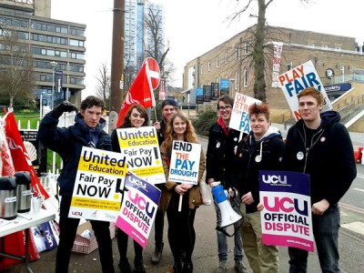 University of Leicester students picket